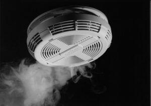 dūmu detektors ugunsdrošība